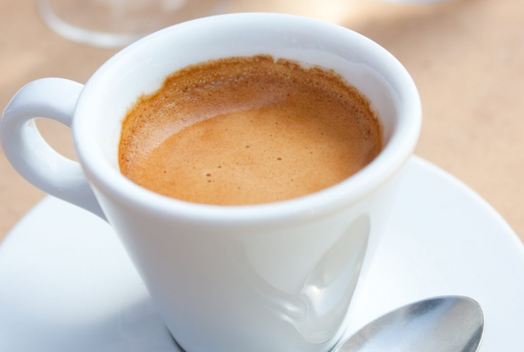 Is black coffee without calories