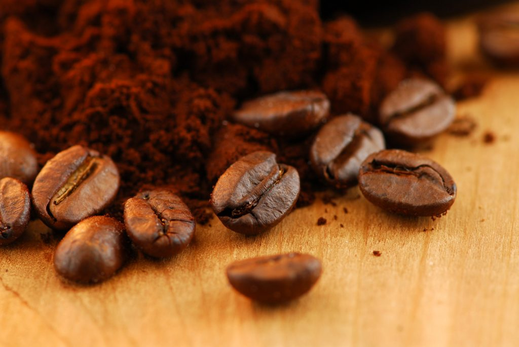Comparing Arabica and Robusta Coffee Beans